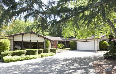 23 Sunset Lane, Menlo Park- $3,200,000