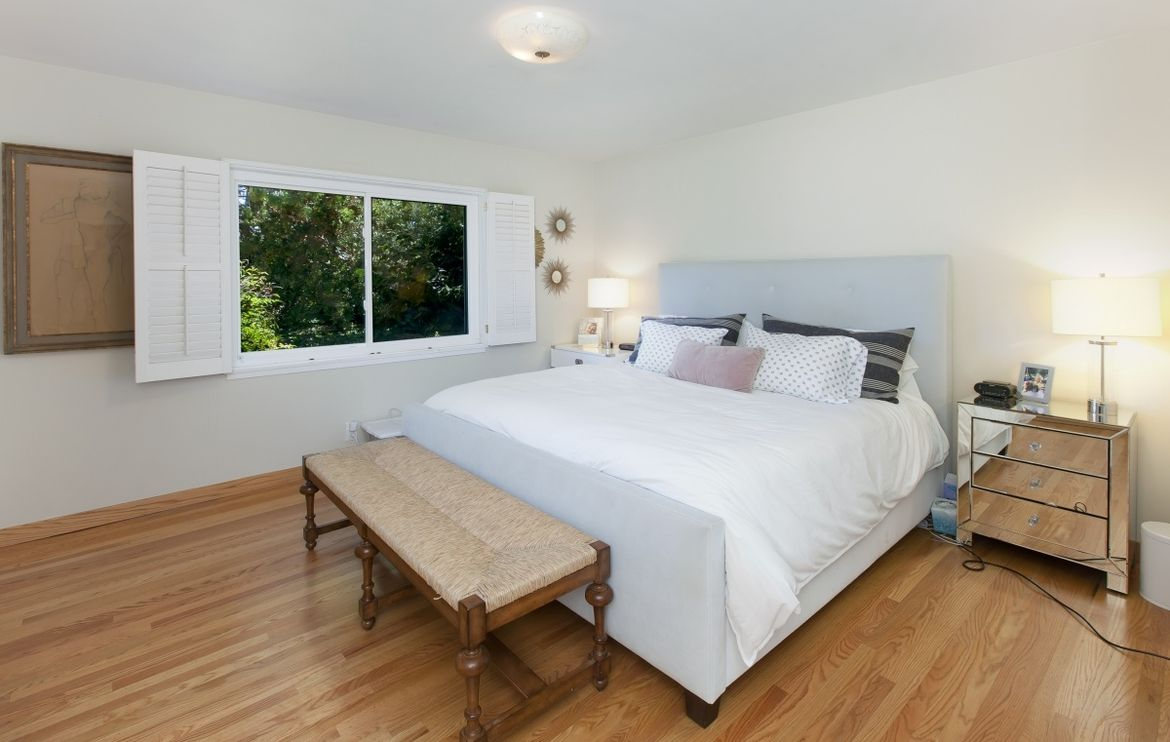 1120 Saxon Way, Menlo Park